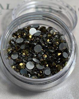 אבני קריסטל בגדלים שונים גוון זהב אטום